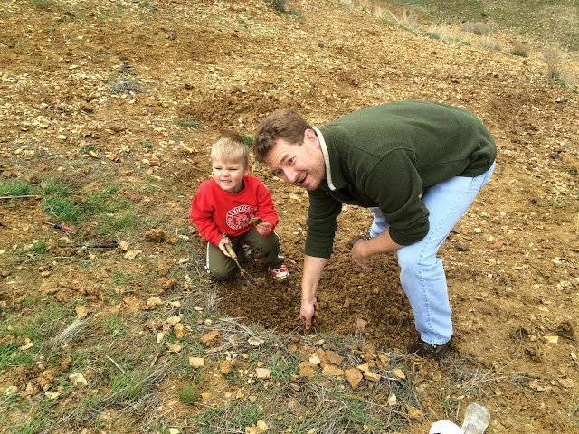 Oregon Outdoor Family - our kids helped us dig for fossils
