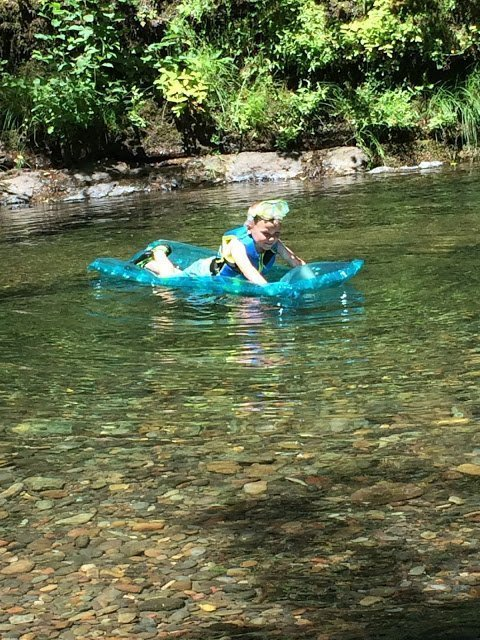 Swimming at Puma Campground, Fall Creek, Oregon