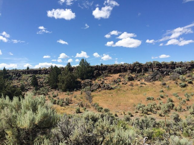 Collecting obisidian at Glass Buttes
